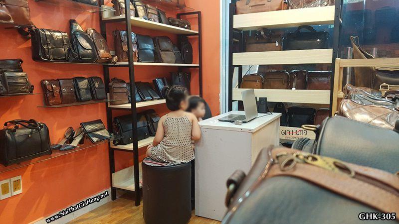 Kệ trung bày sản phẩm shop túi xách - đồ da LanVy Thống Nhất - P16 - Gò Vấp