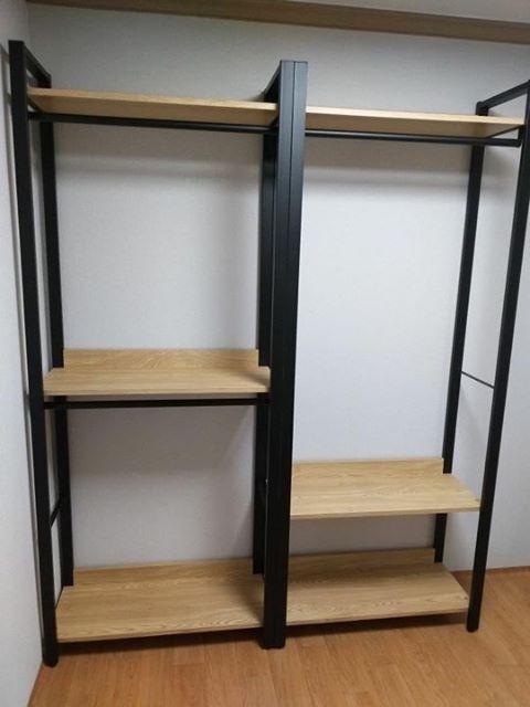 kệ treo quần áo khung chân sắt mặt gỗ GHT-284